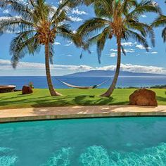 """Lahaina, Maui. """"It struck me while I was sitting here; everything changes but the sea."""" --William B. Davis. Coastalliving.com"""