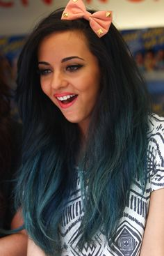 Jade from Little Mix. I'm dying my hair this color someday. Jade Little Mix, Little Mix Style, Color Your Hair, Dye My Hair, Hair Colour, Vibrant Hair Colors, Thing 1, Cheryl Cole, Backstreet Boys