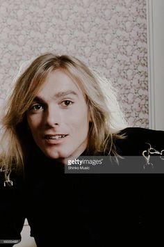 Cheap Trick Robin Zander shot at a hotel, Kanagawa, August 1980.
