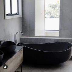 Onda stone bath in black onyx. Stone Bath, Black Onyx, Bathtub, Bathroom, Home, Standing Bath, Washroom, Bathtubs, Bath Tube