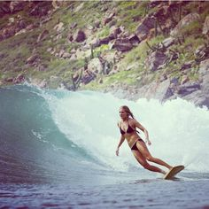 Steph Gilmore- by Quiksilver Women