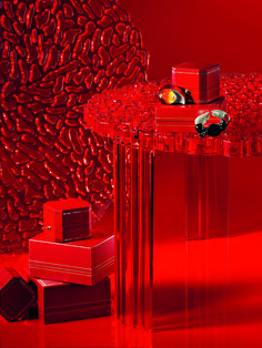 We see life in red