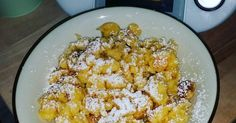 Kaiserschmarrn by on www. Thermomix Desserts, Starchy Foods, Best Oatmeal, Steak And Eggs, Kinds Of Salad, Base Foods, Eating Plans, Food Items, Macaroni And Cheese