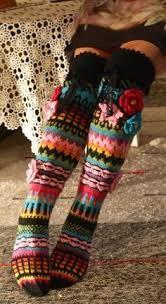Ankortit: Hosiery there - socks here Crochet Leg Warmers, Crochet Slippers, Knit Crochet, Knitting Socks, Hand Knitting, Knitting Patterns, Crochet Patterns, Knee High Socks, Crochet Clothes