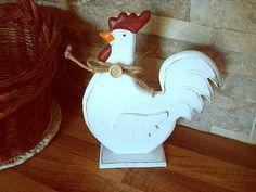 Poule blanche en bois : 13.90€