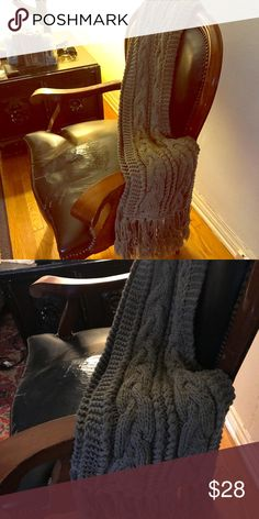 4c0de2d43b2e Really Cool Zara extra long and thick scarf Zara Really cool extra long and  thick gray scarf Zara Accessories Scarves   Wraps