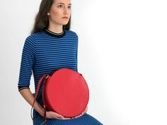 Your place to buy and sell all things handmade Red Crossbody Bag, Circle Purse, Round Bag, Real Leather, Leather Bags, Red Handbag, Beautiful Handbags, Leather Fashion, Leather Shoulder Bag