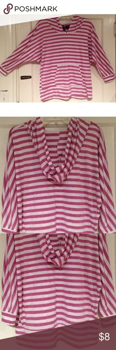 "WEAVERS MAGENTA/WHITE HOODED TOP Women's L SUPER CUTE excellent pee-owned condition magenta pink and white striped hooded top by WEAVERS! Size women's L. Chest: 24"" across lying flat pit to pit Length: 24"" Material: 65% polyester, 35% rayon Kangaroo pocket in front. Has dolman sleeves. Very thin and lightweight but very soft & comfy! WEAVERS Tops"