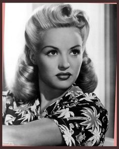 10 beautiful 1940's hairstyles for women updo long hair in 2016  with forties hairstyles for long hair The Most  Amazing  And also  Gorgeous  forties hairstyles for long hair Pertaining to  Invigorate