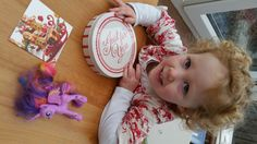 Another Mum In London | Review & Giveaway: Letterbox Cake from Baker Days - Another Mum In London