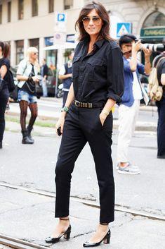 Milan Fashion Week Street Style- Emmanuelle Alt porte les tango Valentino. J'adore!