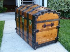 Barrel stave top trunk with Nickel plated Brass hardware.  See more trunks, get information, and purchase one of these at hmsantiquetrunks.com