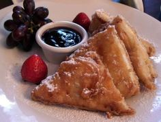 How to Make Disneyland's Blue Bayou Monte Cristo Sandwich-- Note from Jen: once a year won't hurt, right?
