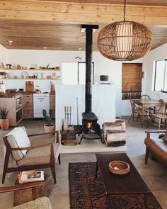 house interior rustic Desert Decor: Creating a holiday home, in your actual home. Interior Inspiration, Interior Ideas, Room Inspiration, Small Spaces, Open Spaces, Living Spaces, Living Rooms, Kitchen Living, Small Living