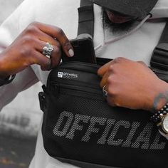 Streetwear Men Bag Tactical Vest Hip Hop Style Crossbody Chest Bags Packs for Women 2019 Fashion Punck Chest Rig Vest Waist Bag – Men's style, accessories, mens fashion trends 2020 Hip Hop Fashion, Mens Fashion, Style Fashion, Style Hip Hop, Style Streetwear, Japanese Streetwear, Streetwear Fashion, Chest Rig, Tactical Vest