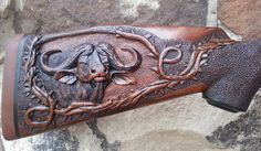 Deep and easy to read, love stippling Wood Carving Faces, Dremel Wood Carving, Wood Carving Designs, Wood Carving Patterns, Wood Carving Art, Bone Carving, Custom Guns, Custom Wood, Whittling Wood