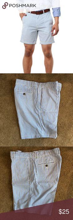 "Vineyard Vines Seersucker Breaker Shorts EXCLUSIVE Comfortable Seersucker material. Preppy shorts with 7"" length Vineyard Vines Shorts Flat Front"