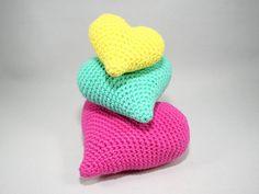 Hearts - 3 sizes - Crochet Pattern https://www.crazypatterns.net/en/items/6524/hearts-crochet-pattern