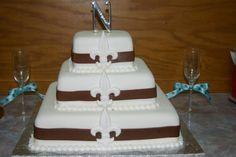 MY WEDDING CAKE! 3 TEIR FLUER DE LIS!