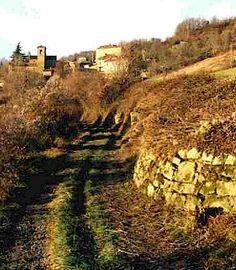 Via Francigena pilgrimage route in Tuscany #TuscanyAgriturismoGiratola www.apuliadestination.com