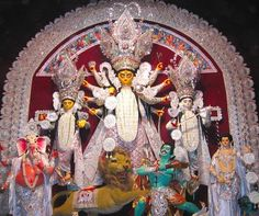 Durga Pooja is near and whole India will be soon colored in the enjoyment of this multi-day festival. Arriving to India Soon? Know when, why and how the Durga Pooja is celebrated, along with where to celebrate it.