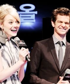 Emma Stone and Andrew Garfield  Haha his face though...