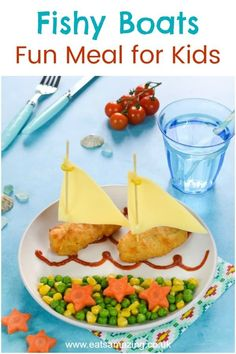 Kids Meals Turn goujons into boats with this easy fun meal idea for kids - perfect for beach themed party food too Cooking With Kids Easy, Food Art For Kids, Cooking Light, Easy Food Art, Cute Food, Good Food, Yummy Food, Toddler Meals, Kids Meals