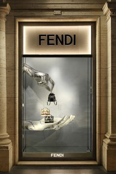 Shop the best Fendi collections for women, men and kids online: runway looks, bags, accessories, jewelry and much more. Made in Italy. Window Display Design, Store Window Displays, Pop Display, Retail Displays, Bedroom Decor Lights, Shop Facade, Jewellery Showroom, Luxury Store, Accessories Display