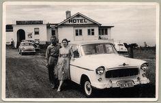 Vintage shots from days gone by! Australian Vintage, Australian Cars, Car Photos, Car Pictures, Car Pics, Stone Age Man, 3d Presentation, Holden Australia, Van Nuys