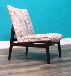 VERY DESIRABLE EARLY RETRO MID CENTURY 1950S PARKER KNOLL ATOMIC ARMCHAIR