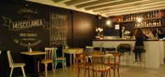 Una mezcla genial de galería de arte, tienda de diseño/arte y una preciosa cafetería