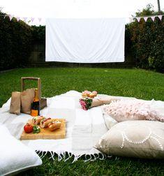 Maker Crate - DIY Movie Screen