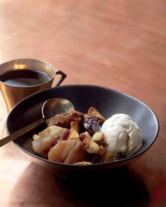 Apple-Brandy Brown Betty Recipe