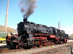 Am 17 April 2010 steht 58 311 in Bochum-Dahlhausen.