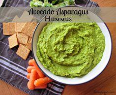 Avocado Asparagus Hummus | chicagojogger.com