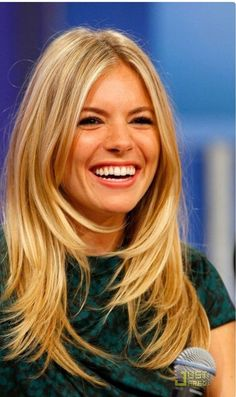 37 super ideas for hair cuts long fringe sienna miller - Hair Bangs Long Hair Cuts, Long Hair Styles, Choppy Layers For Long Hair, Medium Layered, Long Thick Layered Hair, Long Angled Haircut, Medium Length Layers, Haircut Long, Short Hairstyles