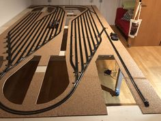 Ho Trains, Model Trains, Model Railway Track Plans, Ferrat, Model Train Layouts, N Scale, Porch Swing, Planer, Stairs