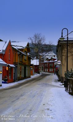 Drøbak city, Norway, reminds me of Haparanda,  Sweden,  but the houses were yellow,  or grey