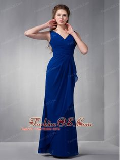 Buy sitges customize royal blue v neck chiffon junior homecoming dresses from classical homecoming dresses collection, v neck neckline column/sheath in blue color,cheap floor length dress with zipper back and for prom formal evening party . Jasmine Bridesmaids Dresses, Inexpensive Bridesmaid Dresses, Royal Blue Bridesmaid Dresses, Tea Length Bridesmaid Dresses, Bridesmaid Dresses Online, Prom Dresses Blue, Evening Dresses, Junior Homecoming Dresses, Dama Dresses