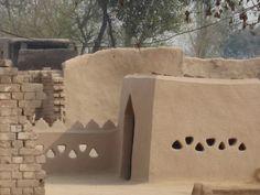 Mud+House+Owners+4.jpg 800×600 pixels