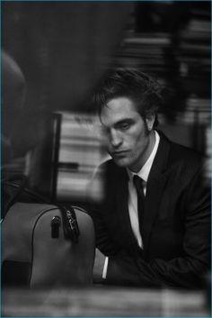 Robert Pattinson Twilight, Robert Pattinson Dior, Batman Arkham City, Batman Arkham Knight, Batman Vs Superman, Peter Lindbergh, Mario Sorrenti, Paolo Roversi, Richard Avedon