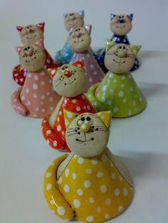 Kočičkový zvonění zvoneček +- 8 cm... cena za 1 zvoneček Barvu si vyberte podle obrázků