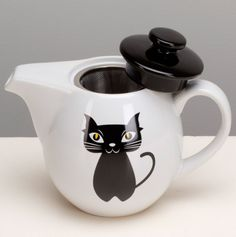 The Omni Chat Noir Tea Set will charm the pants off of you with its adorable image of a smiling black cat. This set includes a stoneware mug and tea. Chocolate Pots, Chocolate Coffee, Chesire Cat, Tea Caddy, Cat Mug, Stoneware Mugs, Tea Time, Tea Cups, Cat Stuff