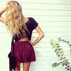 9. #mignon Bralette, #recadrée chemise et jupe #Flowy - 22 Brandy #Melville cherche #Inspiration de la #mode... → #Fashion