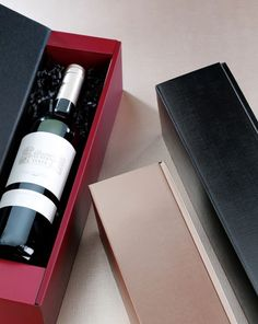 Opakowania na wino www.pakoteka.pl Whiskey Bottle, Packaging, Drinks, Cardboard Paper, Wrapping Gifts, Products, Drinking, Beverages, Drink