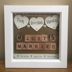 Wedding day boxed frame scrabble letters just married hearts gifts gold - Handmade Wedding Gifts, Personalized Wedding Favors, Unique Wedding Favors, Gift Wedding, Wedding Present Ideas, Creative Wedding Gifts, Personalised Gifts, Scrabble Letras, Wreaths