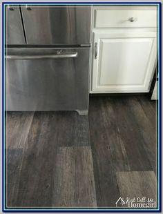 (paid link) Is wood floor good for kitchen? #woodfloorkitchen Click Vinyl Plank Flooring, Waterproof Vinyl Plank Flooring, Vinyl Flooring Kitchen, Wood Floor Kitchen, Wide Plank Flooring, Luxury Vinyl Flooring, Engineered Hardwood Flooring, Luxury Vinyl Plank, Diy Flooring