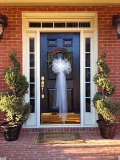 42 Adorable Wedding Wreaths For Any Nuptials & Front door decoration for bridal shower. | My front door ...