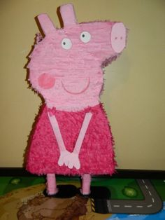 Peppa Pig Party Pinata