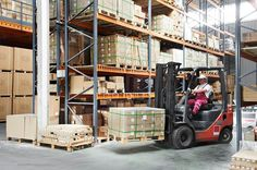 Warehouse mangers looking to improve warehouse operations and reduce costs should use these best practices in order to optimize the warehouse put-away process.